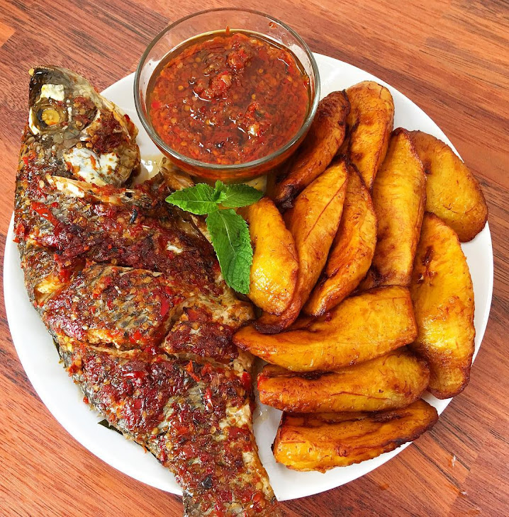 Grilled Fish, Plantain and Pepper Sauce