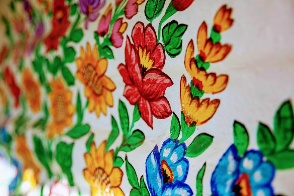 malowidła na domach, kwiaty