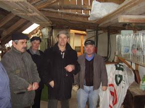 Photo: Pierwszy wyjazd do Niemiec w celu nabycia gołębi do hodowcy Niemieckiego Benno Zapf u którego bywałem jeszcze kilka razy. Na zdjęciu Benno Zapf, Stasiu  Projs , Ryszard Paczkowski.
