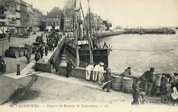 Photo: Cherbourg, Depart du Bateau du Guernesey
