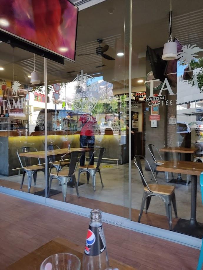 Foto Tambo Coffee & Restaurant 17
