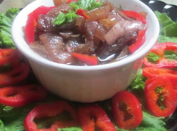 Sliced Red Onions In Agave Nectar & Balsamic Vinegar