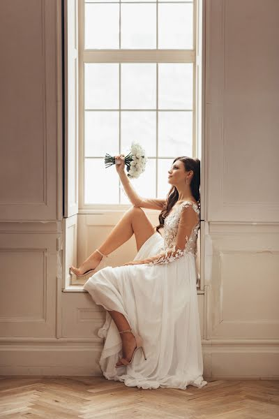 Wedding photographer Кирилл Спиридонов (spiridonov72). Photo of 04.02.2020