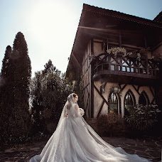 Svatební fotograf Denis Vyalov (vyalovdenis). Fotografie z 01.06.2018