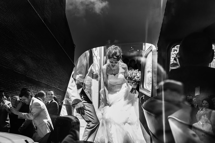 Wedding photographer Antoine Rassart (twane). Photo of 11.02.2016