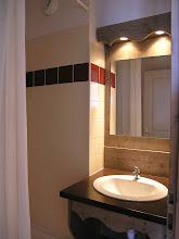 Photo: Salle de bain d'un 3 pièces 8 personnes