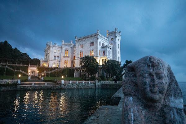 Trieste il castello di Miramare  di Maurizio Soravito