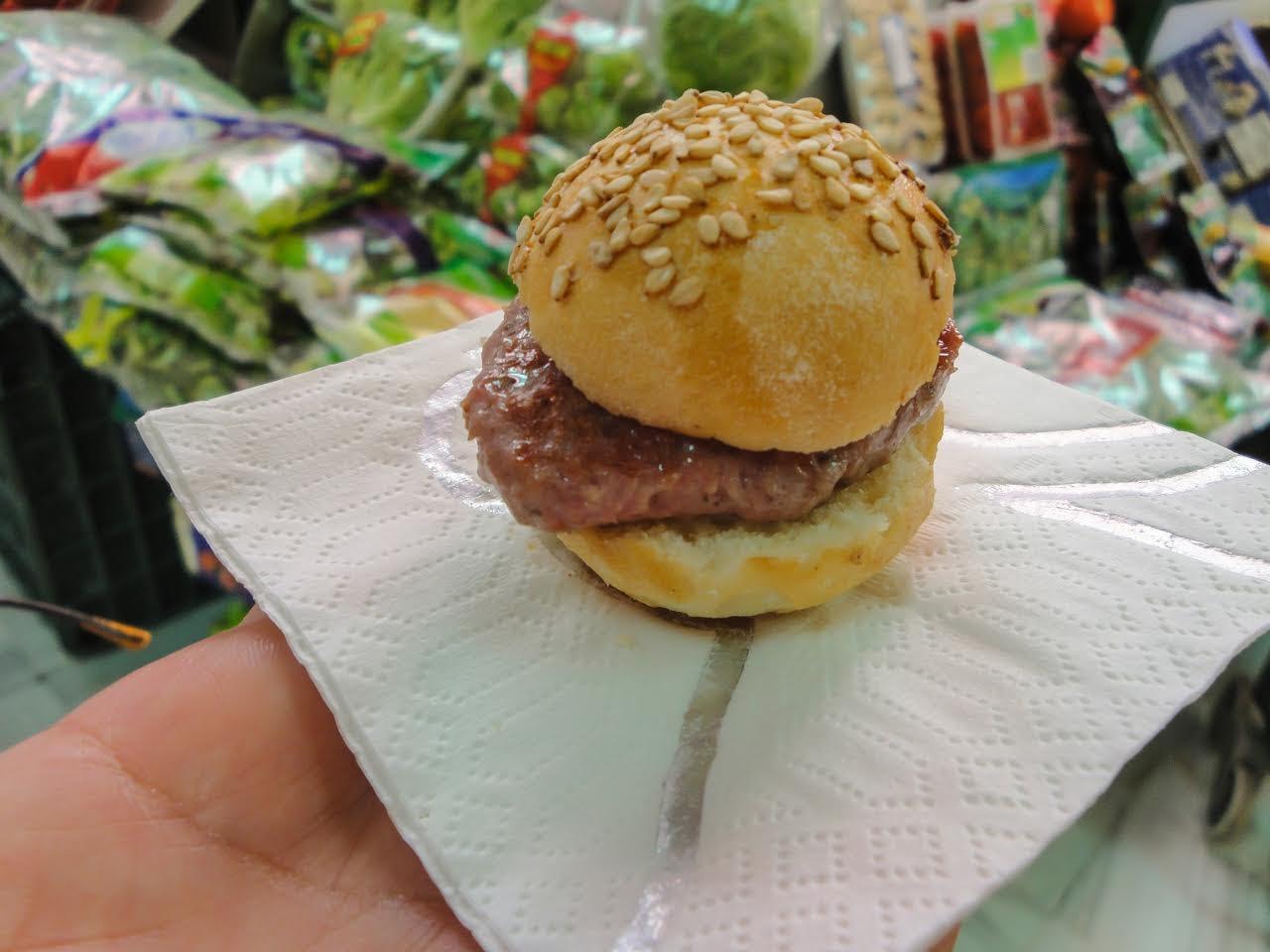 A free mini sample of their hamburgers