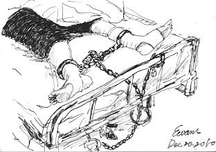 Photo: 鎖鏈2010.12.20鋼筆 戒護住院時無論收容人病症是重是輕,一律是腳鐐、手梏、鎖鏈齊上的,即使病犯開刀進手術室麻醉,也是不能拿下來,所謂的五花大綁也莫過於此…