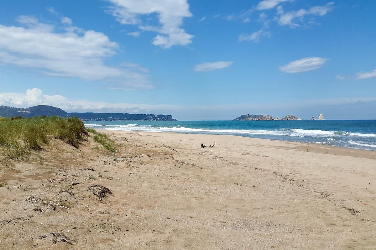 Der Strand mit Blick auf die Islas Medas