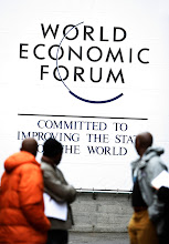 Photo: DAVOS/SWITZERLAND, 23JAN07 - Impression of the Annual Meeting 2007 of the World Economic Forum in Davos, Switzerland, January 23, 2007.  Copyright by World Economic Forum     swiss-image.ch/Photo by Monika Flueckiger   +++no resale, no archive+++