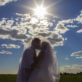 by Madeleine Rademan - Wedding Bride & Groom