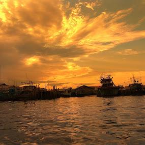 Sunset  by Evan Septian - Landscapes Sunsets & Sunrises ( #evan #medan #belawan #indonesia )