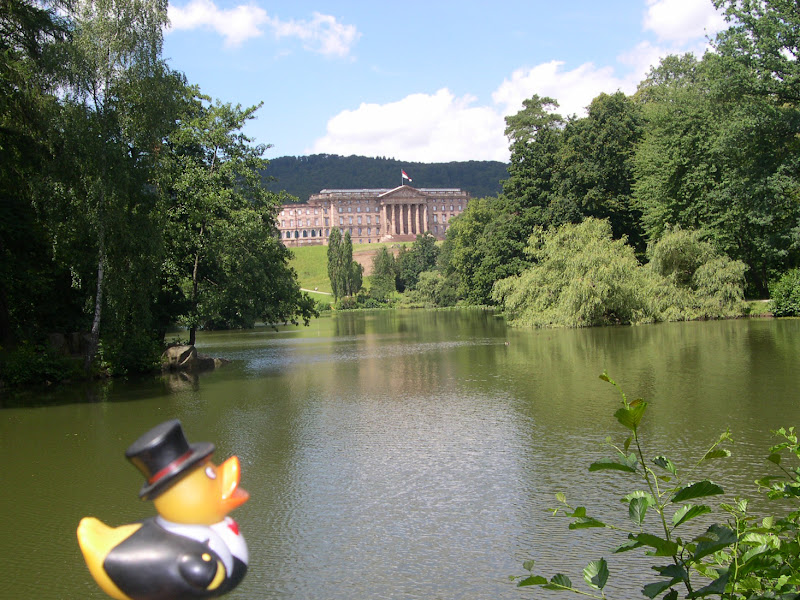 Photo: Schloss Wilhelmshöhe with Lac