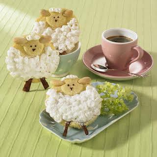 Easter Lamb Cookies.