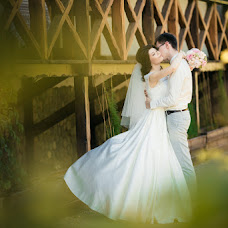 Wedding photographer Evgeniy Semenov (SemenovSV). Photo of 24.10.2017