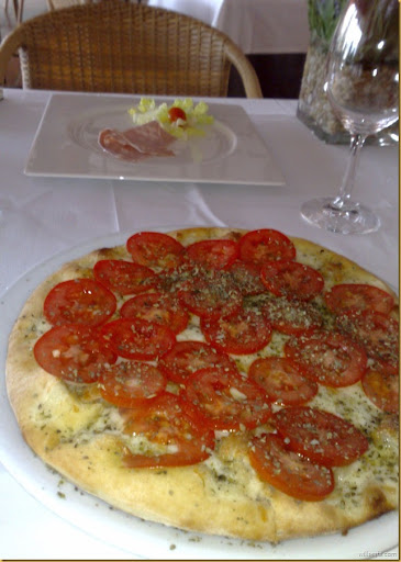 Pizza Lua full-10112007783