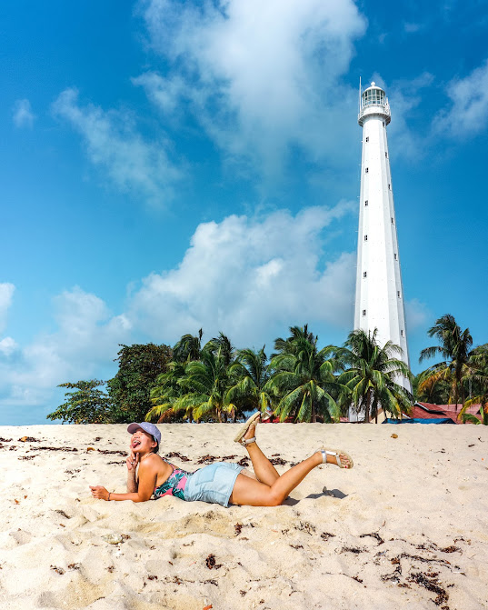 mercusuar di belitung pulau lengkuas