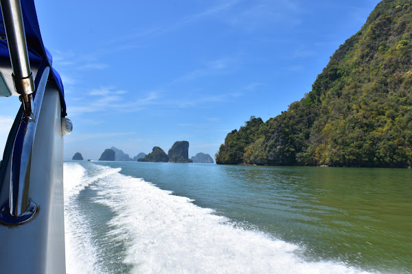 Cruise on board the Siam Adventure speed boat to Phang Nga Bay