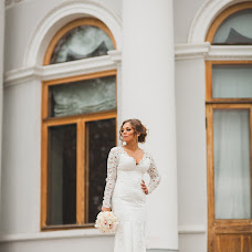 Wedding photographer Oksana Chicherina (ChicherinaOksan). Photo of 16.12.2015