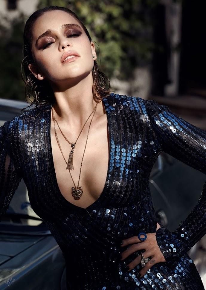 Эмилия Кларк в фотосессии Violet Grey, блестящее платье