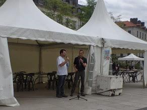 Photo: Lancement des parties contre les jeunes espoirs palois. Place Clemenceau le 25 avril