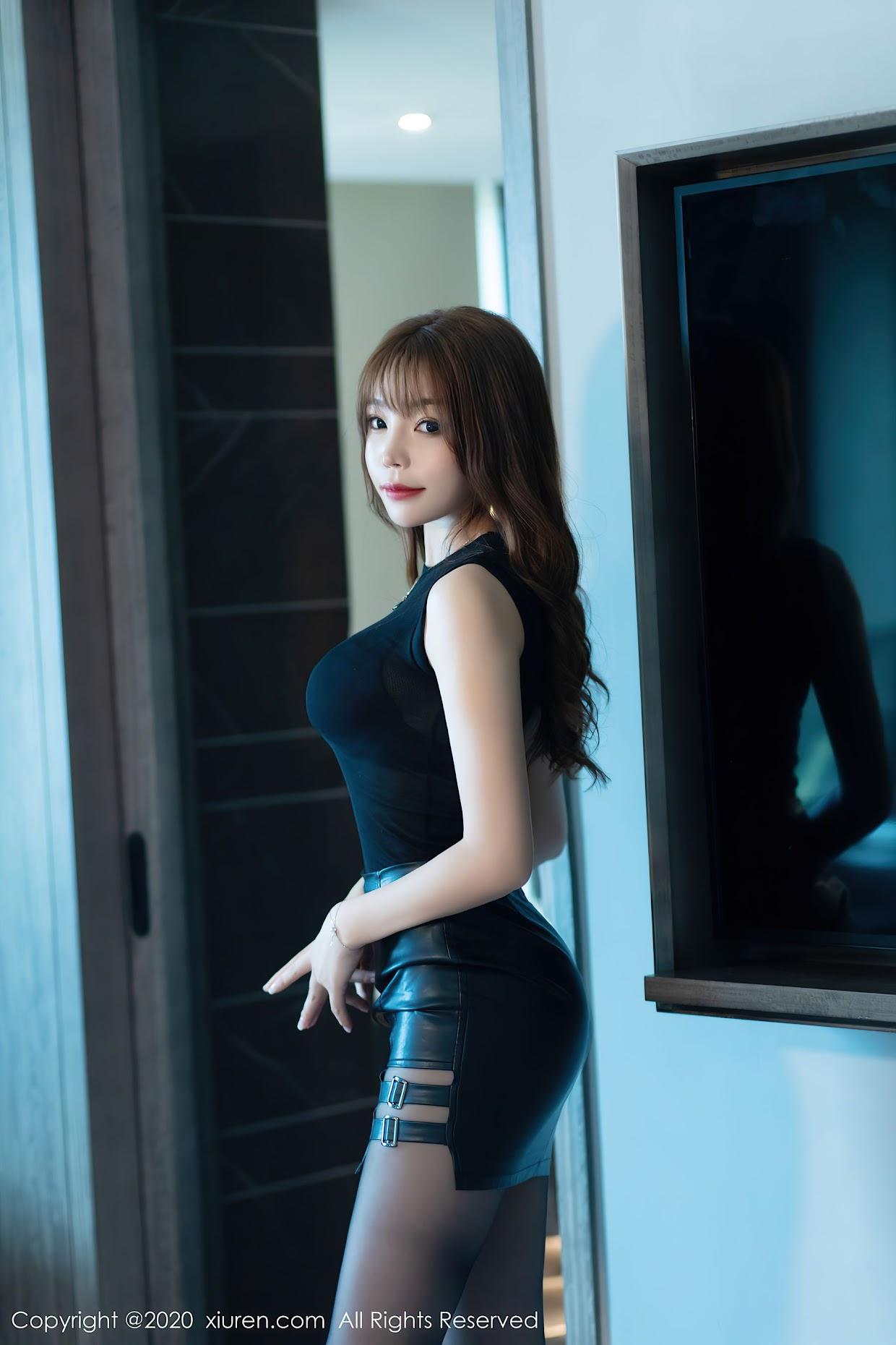 Xiuren 2445 Booty