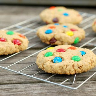 Peanut Butter M+M Oatmeal Cookies