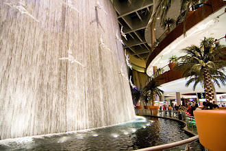 Photo: The Mall also had some aquarium and this waterfall/artwork.