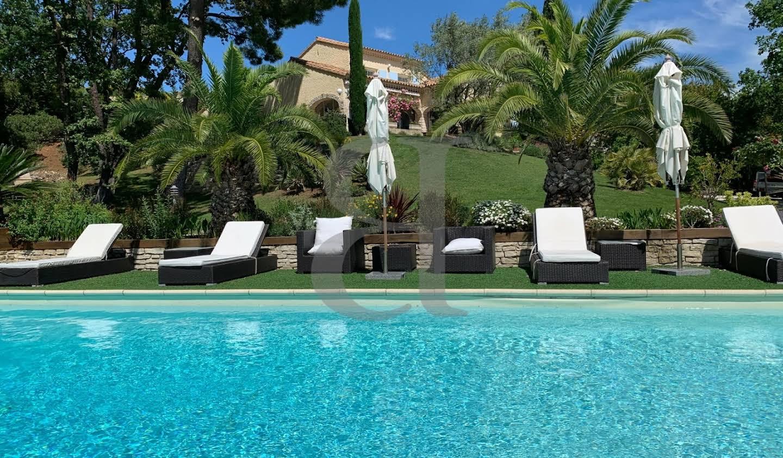 Villa with pool Grignan