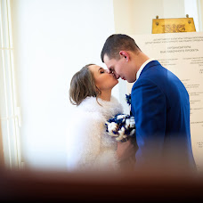 Wedding photographer Denis Tarasov (magicvideo). Photo of 15.02.2018