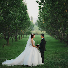 Wedding photographer Nurbek Akhunbaev (Onlineprofi). Photo of 07.10.2017