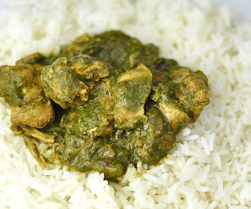 Spinach palak chicken curry a healthy indian dinner in 40 mins how to serve palak murgh forumfinder Images