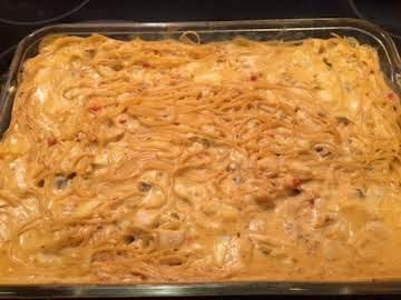 Easy Cheeesy Chicken Baked Spaghetti
