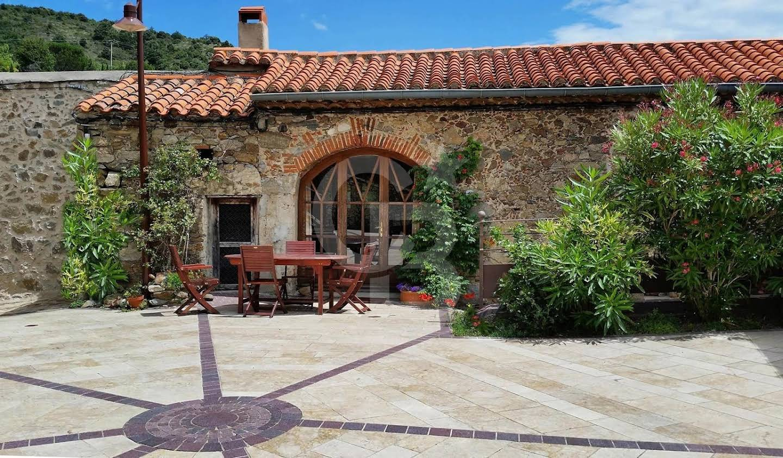 Maison avec terrasse Caramany