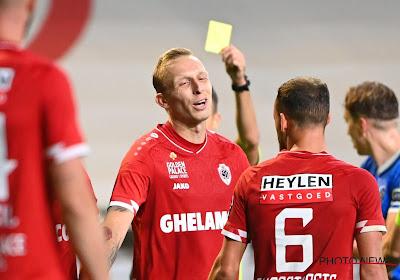"""De Laet n'a pas eu le temps de savourer à fond son 1er but avec l'Antwerp : """"Il essaie de me donner un carton rouge depuis des années"""""""