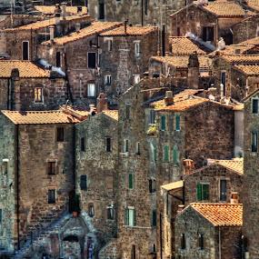 Pitigliano by Riccardo Lazzari - City,  Street & Park  Vistas ( houses, tuscany, pitigliano, buildings, italy, Architecture, Building, Buildings, Exterior, Exteriors, Interior, Interiors, Space, Spaces, HDR, Landmark, Landmarks, Engineering, Tilt Shift, Tiltshift )