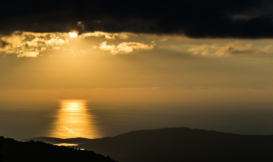 The gold sea by Florin  Galan - Landscapes Travel ( clouds, valinco, gulf, corse, gold, travel, sea sun, landscape, light, , #GARYFONGDRAMATICLIGHT, #WTFBOBDAVIS )