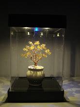 Photo: - Mẫu cây có thêm hộp đèn lung linh. - Giá hộp đèn thông thường từ 100.000 đ đến 350.000 đ. Chi tiết liên hệ shop.