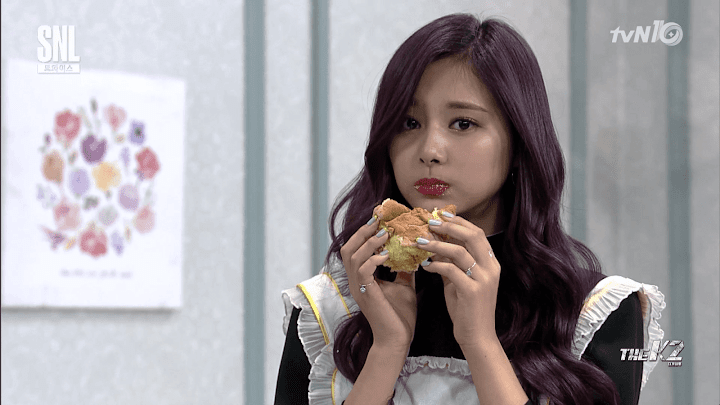 Tzuyu's SNL Appearance Turned Into Viral and Relatable Meme - Koreaboo