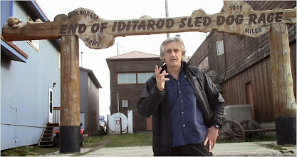 Photo: Charles Hedrich, ligne d'arrivée IDITAROD, Nome Alaska