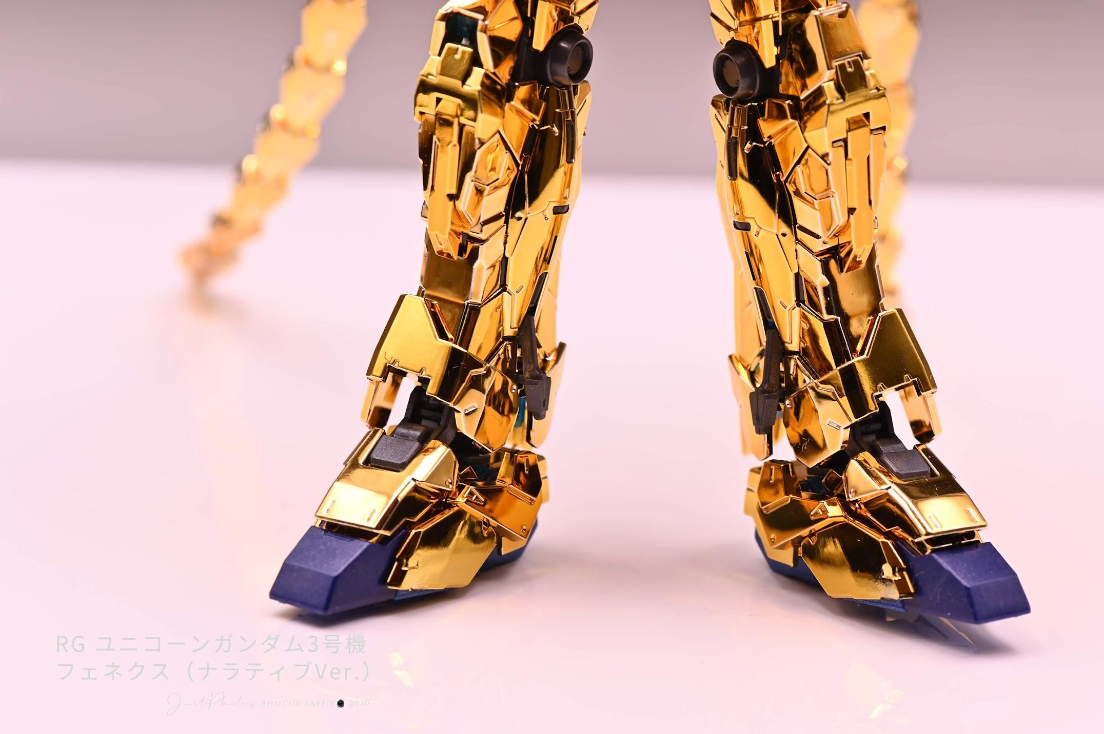腳步零件的兩種藍色也很順便的噴上噴漆,但效果其實沒有很明顯。