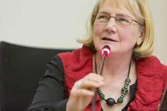 Photo: Brigitte Rozoy, modératrice, lors du colloque Femmes & Sciences 2013- Photo Olivier Ezratty