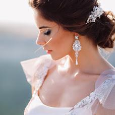 Wedding photographer Alena Antropova (AlenaAntropova). Photo of 25.04.2018
