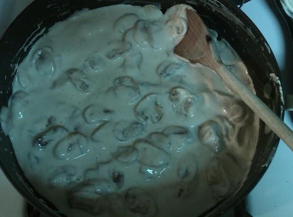 Last 20 mins of cooking prepare gravy. Wipe down and slice mushrooms.  In...