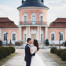 Wedding photographer Olya Konovalec (olyakonovalets). Photo of 19.03.2017