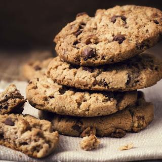 Taylor Swift's Favorite Chocolate Chunk Oatmeal Cookies