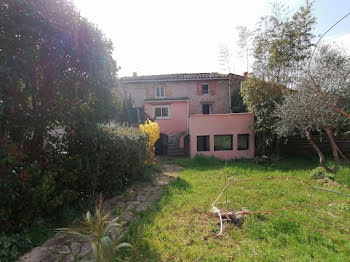 villa à Meyreuil (13)