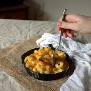 Smoked Gouda Mac and Cheese with Spicy Panko.