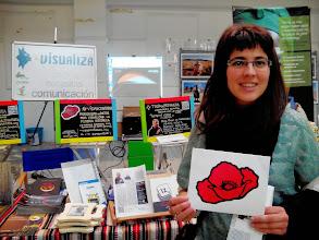 Photo: Nuestra querida amiga Silvia Costa de «Educagoxo» en apoyo a Vidas Contadas desde el stand de Visualiza en la Feria de Economía Solidaria de Navarra.